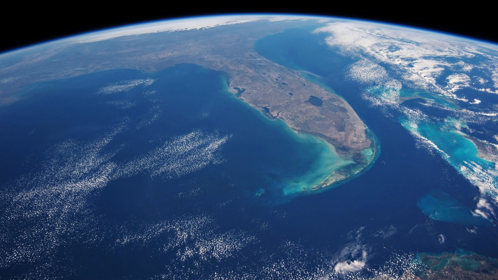 4K-view-of-Earth-from-Space